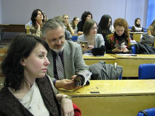 http://www.culturalnet.ru/files/nikiforova/02_Kozlova.JPG