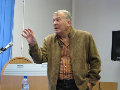 http://www.culturalnet.ru/files/nikiforova/11_2011/13_Projorov.JPG